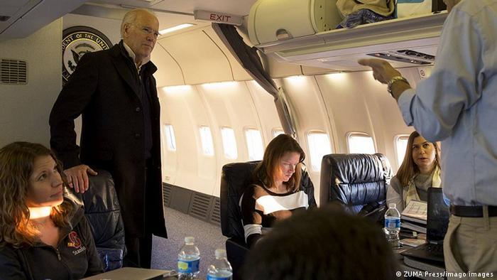 USA Joe Biden und Kate Bedingfield