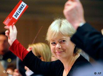 La nueva co-presidenta de La Izquierda, Gesine Lötzsch.