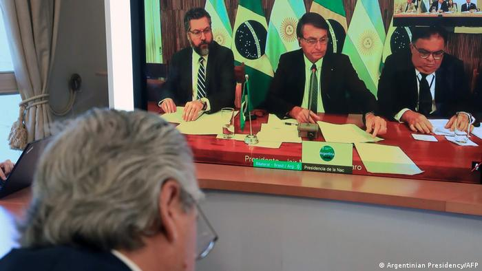 Argentinien Buenos Aires | Videokonferenz Alberto Fernandez, Präsident & Jair Bolsonaro