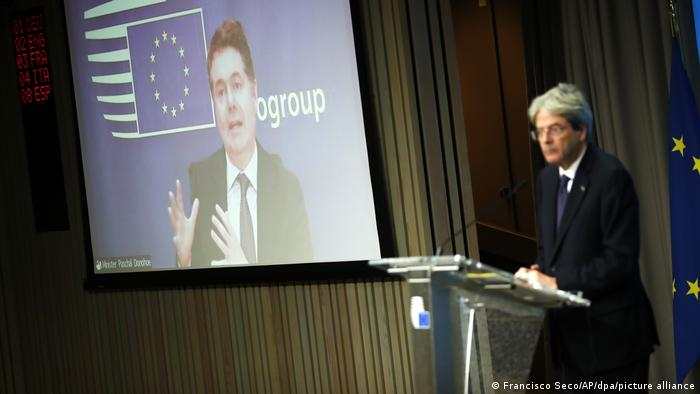 Paschal Donohoe speaks during the eurogroup meeting