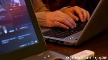 Serbien Freelancer bei der Arbeit