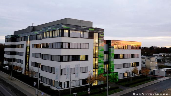 Deutschland Die Biontech-Zentrale in Mainz