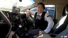 Japan Tokio Taxi Fahrerin Hybrid