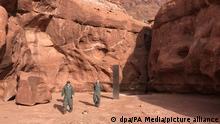 USA Metall-Monolith inmitten roter Felsen in Utah entdeckt