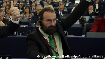 O παραιτηθείς ευρωβουλευτής Γιόζεφ Σάγερ