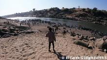 Äthiopier Flüchten vor Kämpfen in Tigray in den Sudan