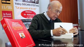 Το 2006 στην παρουσίαση του βιβλίου του «Εξουσία και ζωή» (Le pouvoir et la vie)
