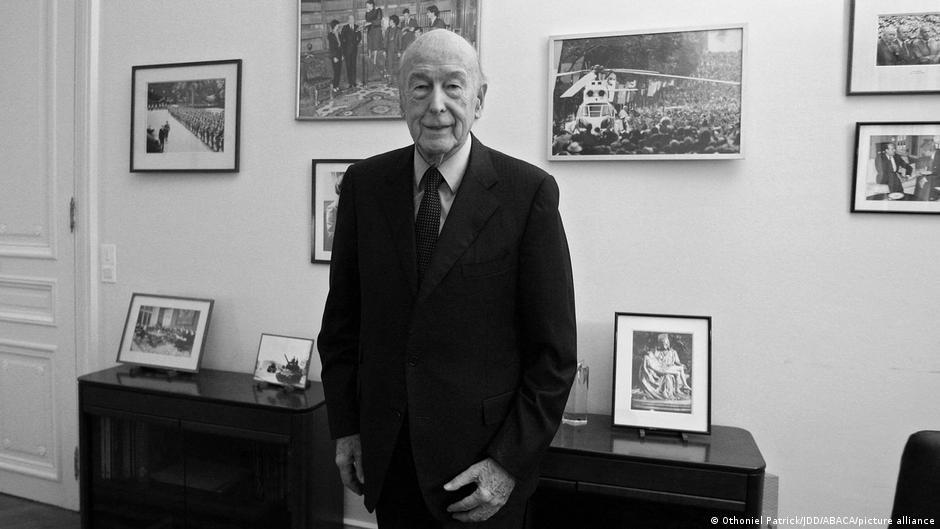 Valery Giscard d′Estaing - ojciec współczesnej Francji | Niemcy – bieżąca polityka niemiecka. Wiadomości DW po polsku | DW | 03.12.2020