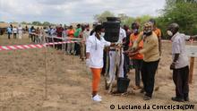 02.1220 - Mosambik Inhambane | ehemalige RENAMO-Guerilleros Prozess der Entwaffnung, Demobilisierung und Wiedereingliederung (DDR) für die bewaffneten Männer der RENAMO