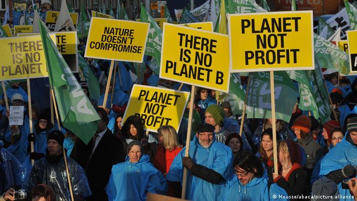 Sendung Global 3000 | Klimakonferenz Koppenhagen Protest | Green Investment