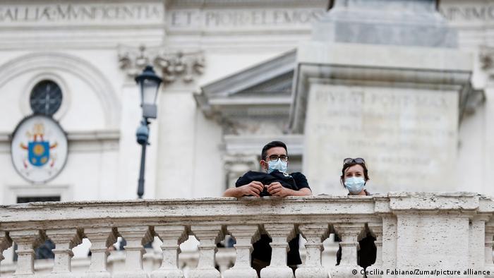 Italien Rom | Coronavirus | Passanten