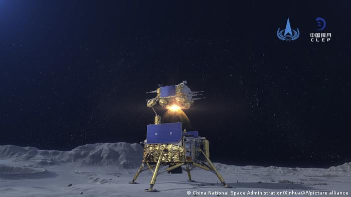 Графічне зображення зонду Чан'є-5 на Місяці