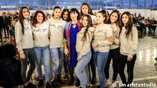 Pretty Loud, Roma girl band aus Belgrad