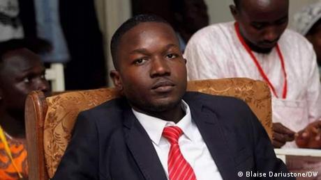 L'activiste Kemba Didah Alain voulait organiser une conférence de presse sur l'interdiction du forum citoyen