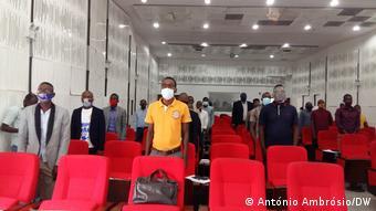 Angola Bengo | Treffen | Jugendparteien und Behörden