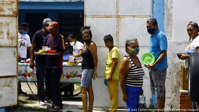 Lista de de distribuição de refeições em Valencia, na Venezuela
