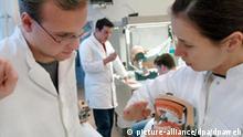 Weniger praktische Kurse bei Zahnmedizinstudenten