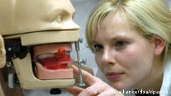 Ausbildung zu Zahnmedizinern