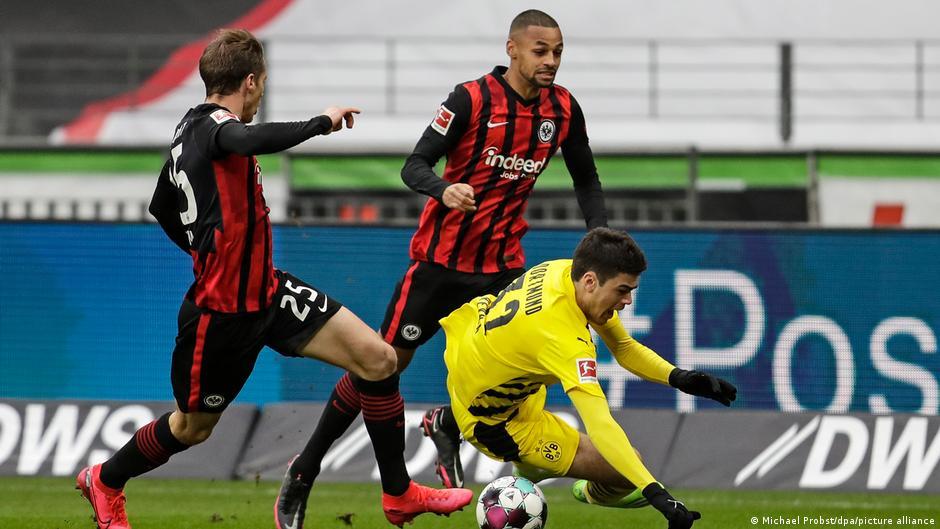 Borussia Dortmund stolpert auch in Frankfurt