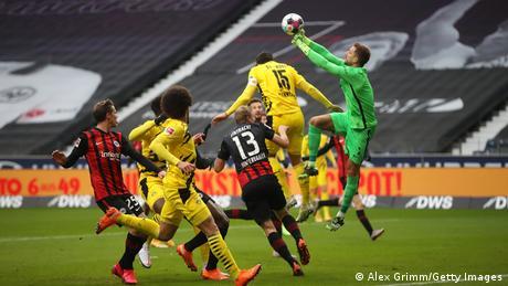 Eintracht Frankfurt v Borussia Dortmund
