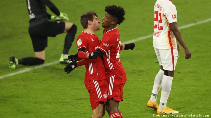 Thomas Müller and Kingsley Coman celebrate