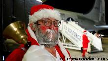Berlin Tempelhof Treffen Miet-Weihnachtsmänner