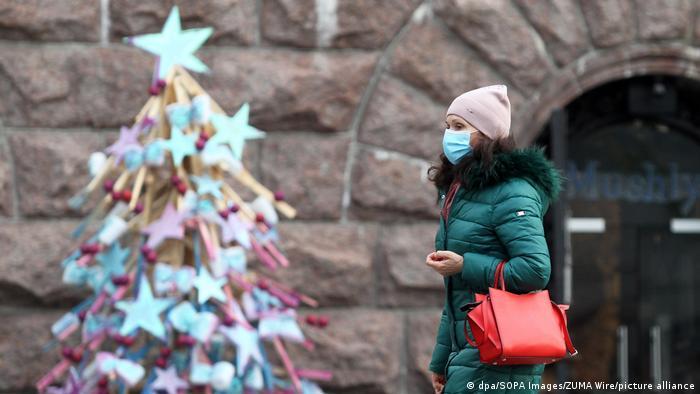 Коментар: Третій локдаун в Україні - з лижами, але без трусів і лампочок
