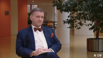 Ведущий программы DW вТРЕНДde Константин Эггерт
