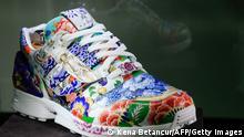 USA Auktion von Adidas-Sneakern bei Sotheby`s