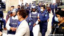 Bangladesch Kushtia | Gericht | Bangabandhu Statur