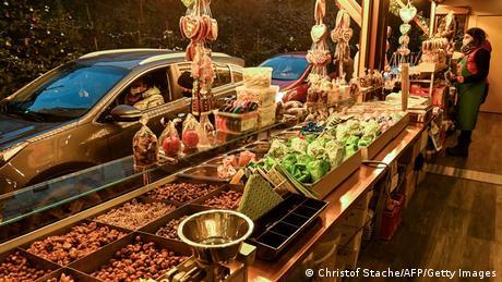 Deutschland Landshut | Coronavirus | Drive-In-Weihnachtsmarkt