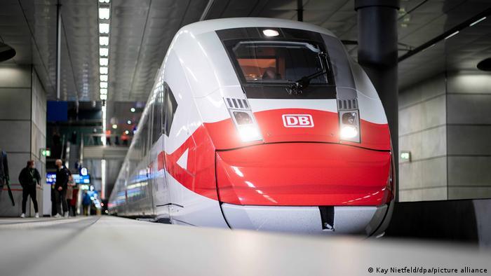 Deutschland BdT | Deutsche Bahn | Kontrolle Maskenpflicht