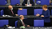 Deutschland Politik l Bundestag - Haushaltswoche, Merkel,Scholz und Altmaier