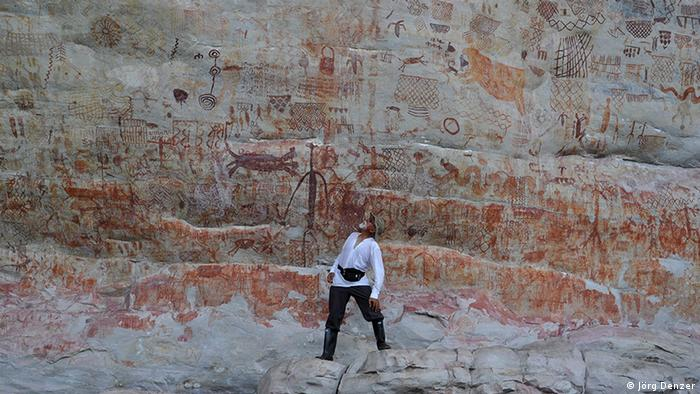 Rock paintings in La Lindosa