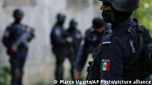 Mexiko Acapulco | Polizei entwaffnet | Drogengangs