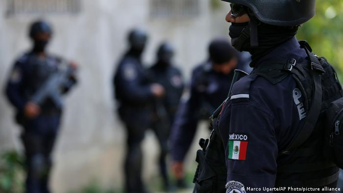 Foto simbólica de policías mexicanos