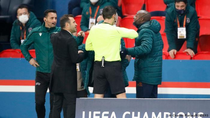 UEFA Champions League | Paris Saint-Germain - Istanbul Basaksehir | Spielabbruch