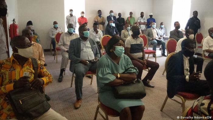 Angola PRA JA Servir Angola Pressekonferenz