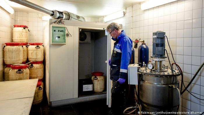 Разкрита нелегална нарколаборатория в Айндховен, Нидерландия