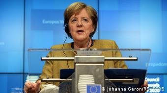 Almanya'daki Türkiye kökenliler en fazla Merkel'i seviyor