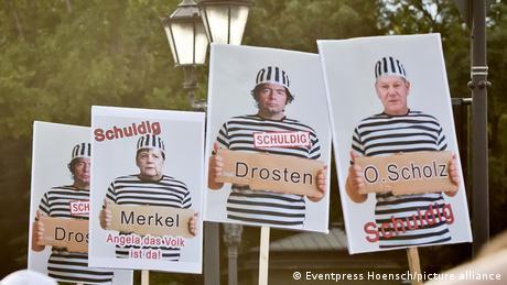 """Υπό πίεση η Μέρκελ από τις """"προσταγές"""" των επιδημιολόγων"""