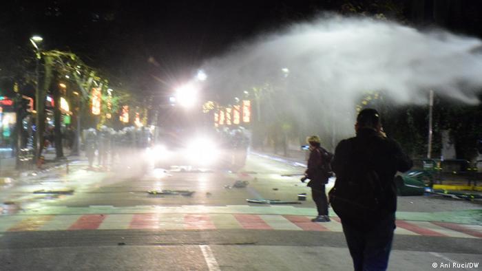 Albanien I Protest und Krawallnacht in Tirana