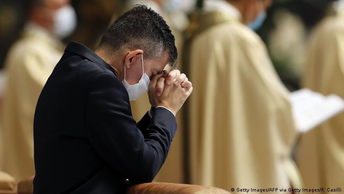 Vatikan | Papst Franziskus hält Messe auf 'Virgine de Guadalupe'