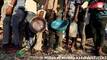 Sudan Grenze Äthiopien | Tigray | Um Rakuba-Flüchtlingslager Essensausgabe