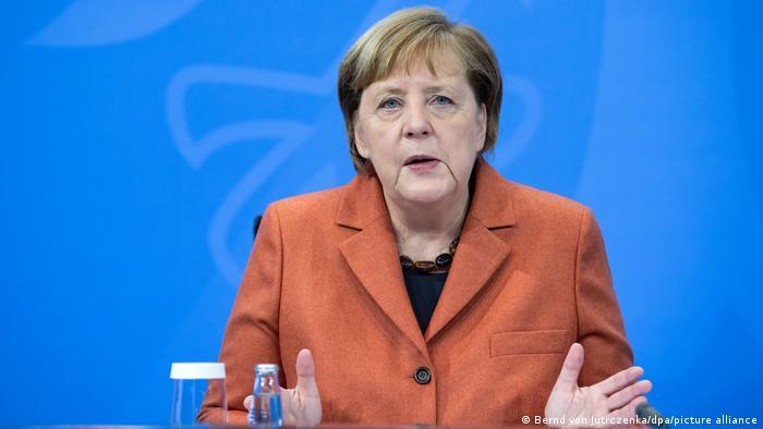 Анґела Меркель домовилась з главами федеральних земель про запровадження жорстокого локдауну