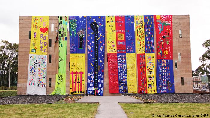 Costureros itinerantes es una exposición del Centro de Memoria, Paz y Reconciliación de Colombia.