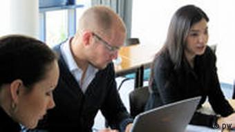 Wirtschaftsstudenten der privaten Universität Witten-Herdecke
