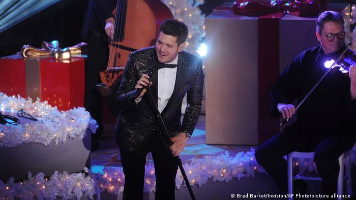 Michael Bublé at a 2015 Christmas concert in New York