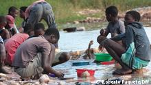 Mosambik   Provinz Zambezia   Handwerklicher Edelsteinabbau