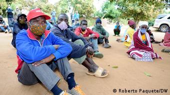 Mosambik | Vertriebene Opfer von RENAMO